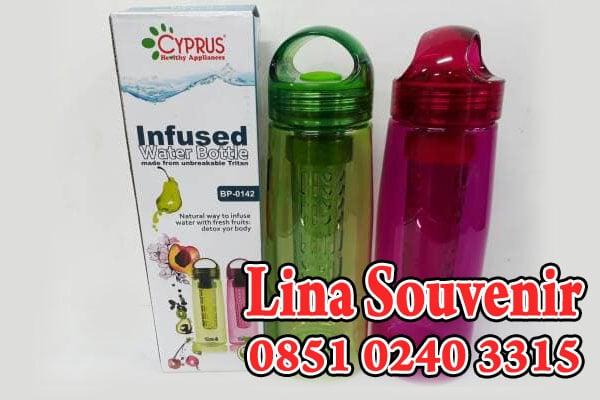 Souvenir Botol Minum Infuse Water